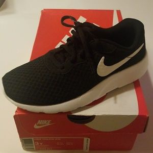 Boys, Brand New Nike Sneakers